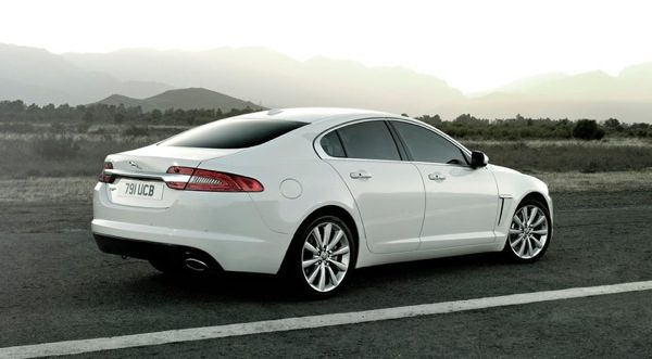 Jaguar XF- A lion in a sheep's outfit