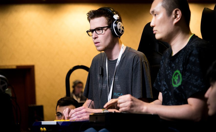 The Growing Industry of E-sports and gaming