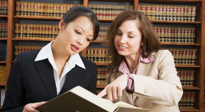How to Choose a Law Firm That's Right For You