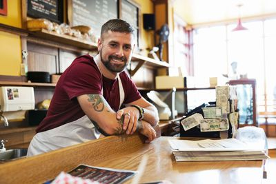 3 Simple Tips to Improve Cash Flow in a Business