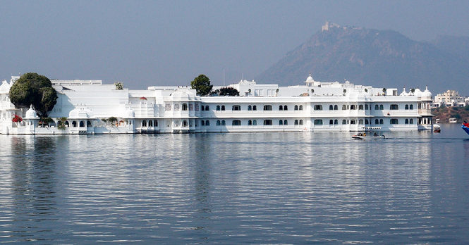 Visit Lake Palace In Udaipur, Indian State Of Rajasthan