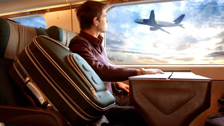 How to become productive when you're traveling ?