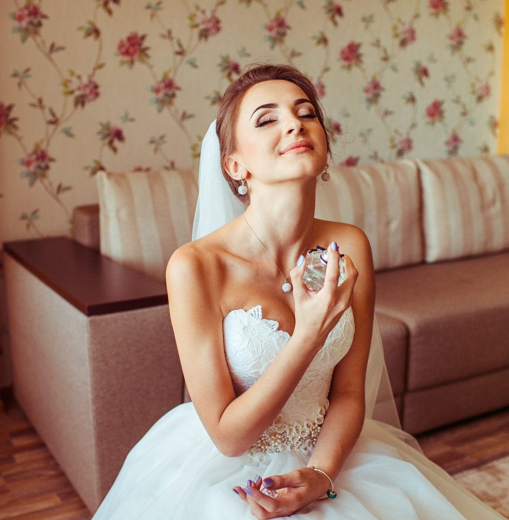 How To Choose The Best Wedding Perfumes