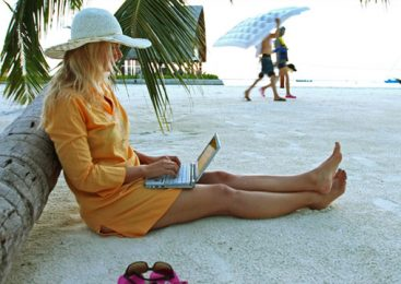 How To Unplug From Technology While On Vacation