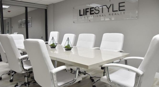 Pros And Cons Of Lifestyle Firms