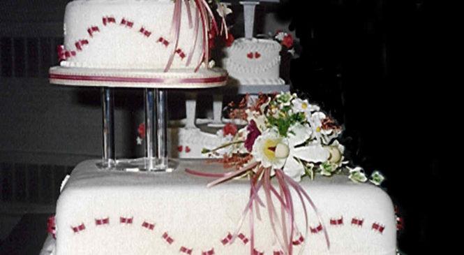 Unique and Delicious Wedding Cake Ideas