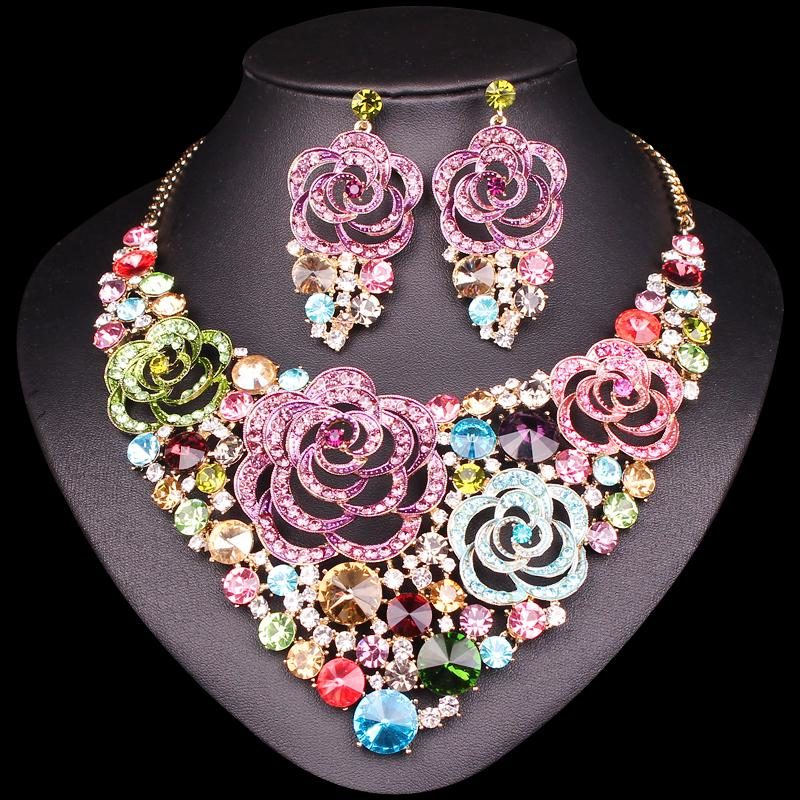 Beautiful Jewelry set Exclusive Rakhi Gifts to Amuse Your Dear Sister