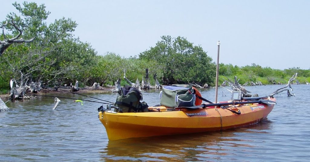 Kayaking in Matlacha, Florida and Indian River Lagoon