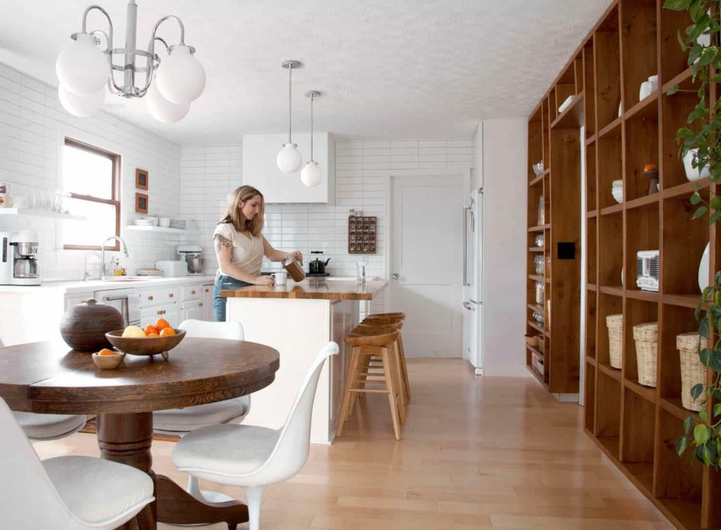 Renovate 3 Tips for Homeowners Looking to Save Money