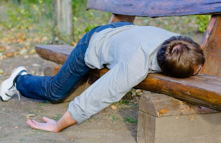 extreme drowsiness The Negative Effects of Mixing Alcohol with Medication