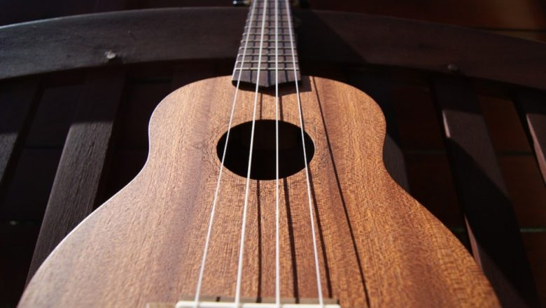 How to maintain your aNueNue Ukulele musical instrument