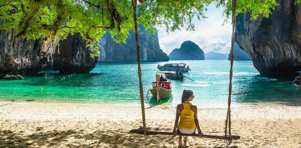 Phuket 5 CITIES IN THAILAND TO SPEND A HONEYMOON