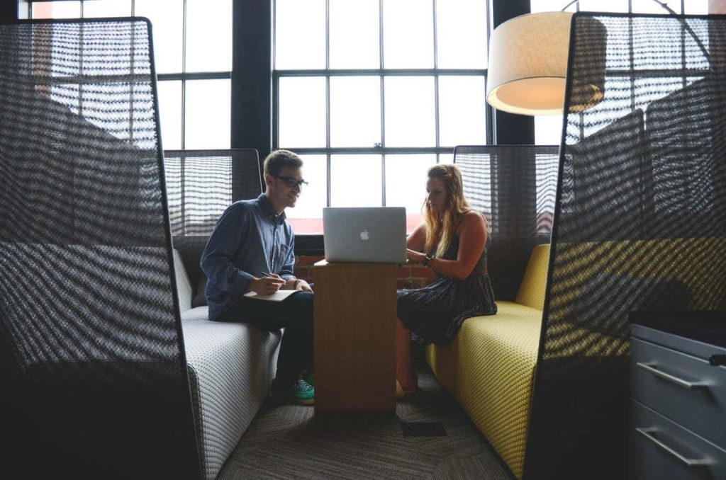 How a Learning Management System can strengthen your customer relationships