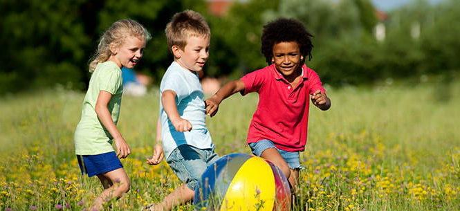 Fun & Simple Outdoor Activities for Kids