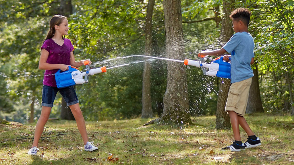 Water wars Fun & Simple Outdoor Activities for Kids
