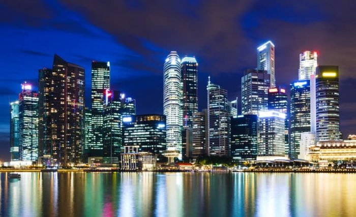 Some of the Advantages and Disadvantages of Being a Business Owner in Singapore