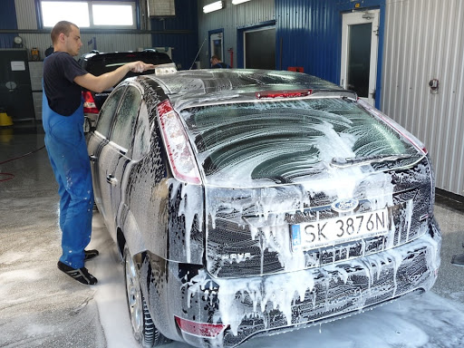 Detailing and Car Washing