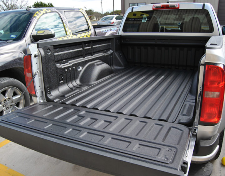 Protection from weather damage and rust The Top Five Reasons Why Your Truck Needs a New Bedliner This Summer
