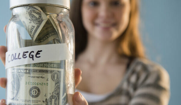 15 Ways to Save Money for Study Abroad