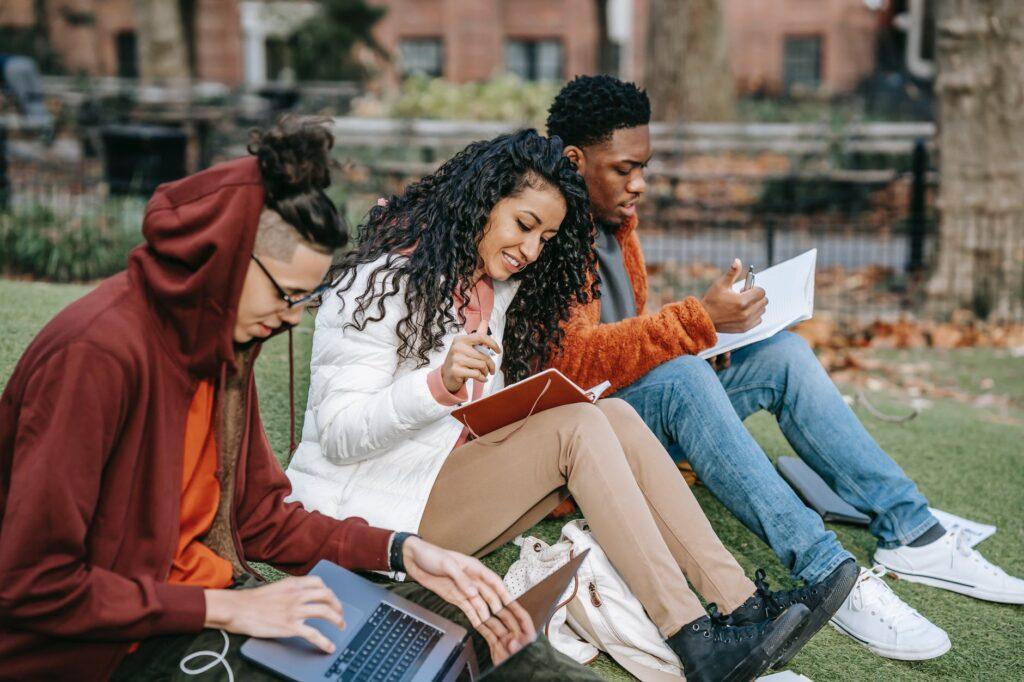 Scholarship tips for Hispanic students